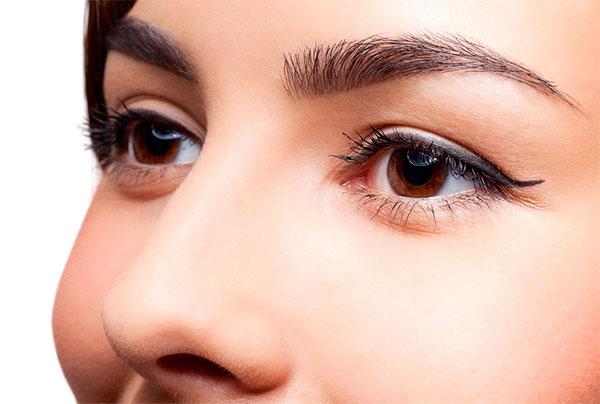 Micro pigmentação para design de sobrancelha