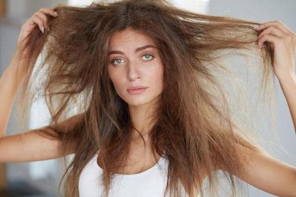 Como cuidar de cabelo ressecado no inverno